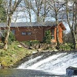 Dollar Riverside Lodges in the Highlands
